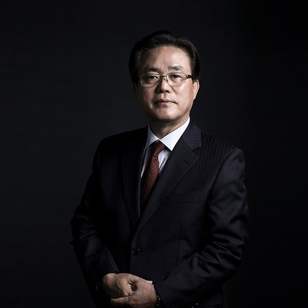 Kim-Jae-Cheon---Vice-Chairman-CEO-of-Cosmax