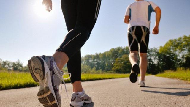 Chạy bộ hàng ngày để giảm mỡ máu cao